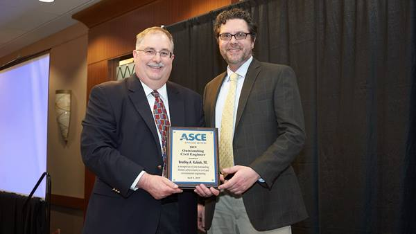 Brad Kubiak receives 2019 ASCE Outstanding Civil Engineer of the Year Award