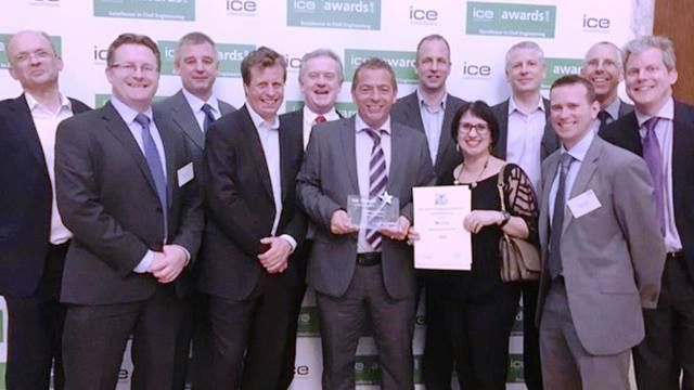 ICE. Members of the Bermondsey Dive Under project team receiving the ICE Award certificate