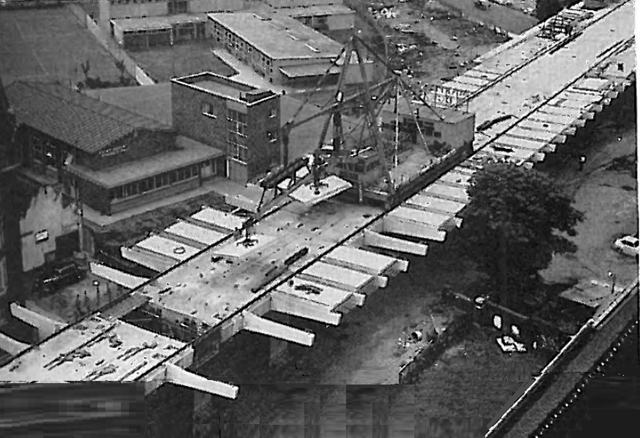 Institution of Civil Engineers - proceedings Dec 1962. Construction in 1960. Erection gantry placing road slabs. [Paper No.6633, by Rawlinson and Stott]